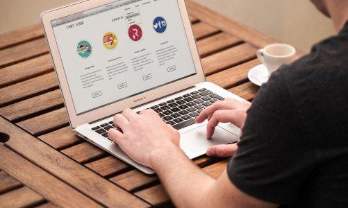 Jak realizować sprzedaż w Internecie?